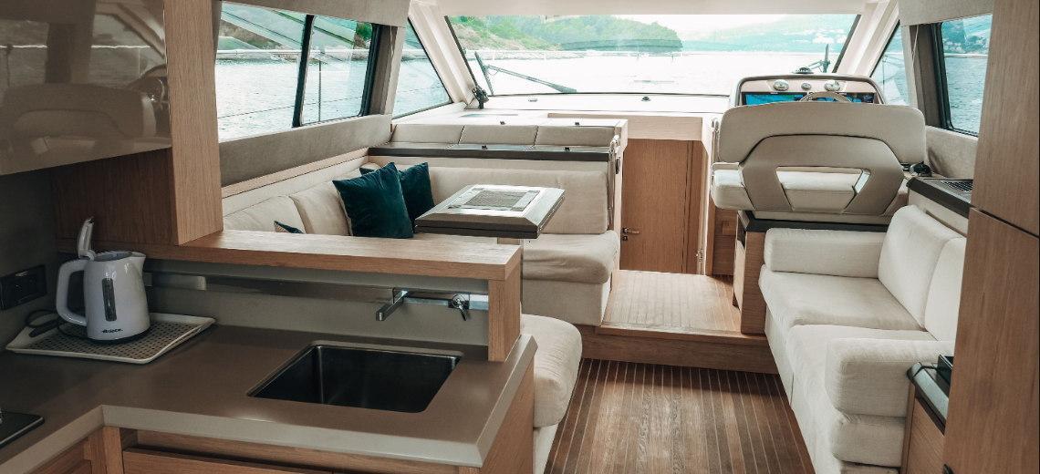 motorbåd Monte Carlo 5