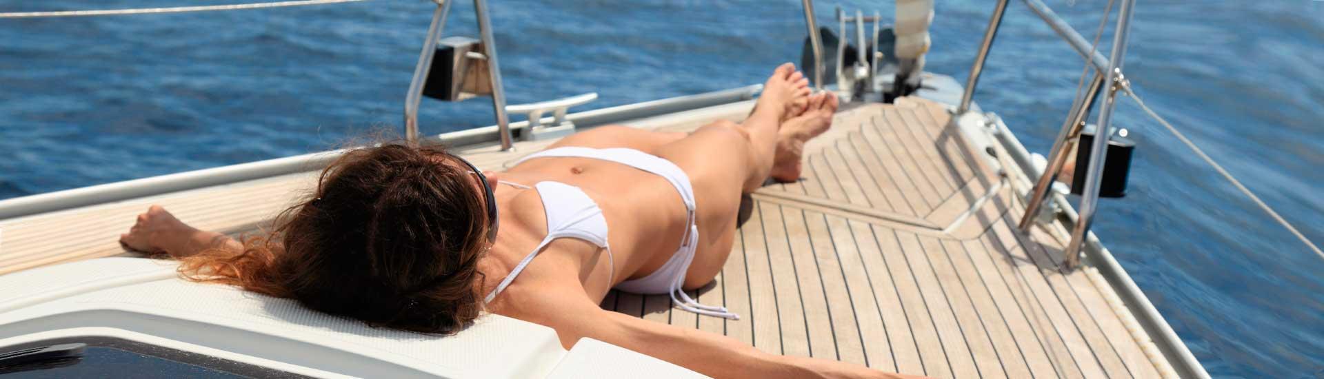 Slap af og nyd sejlads